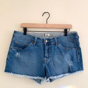 Roxy Distressed Raw Hem Jean Denim Shorts - Sz 31